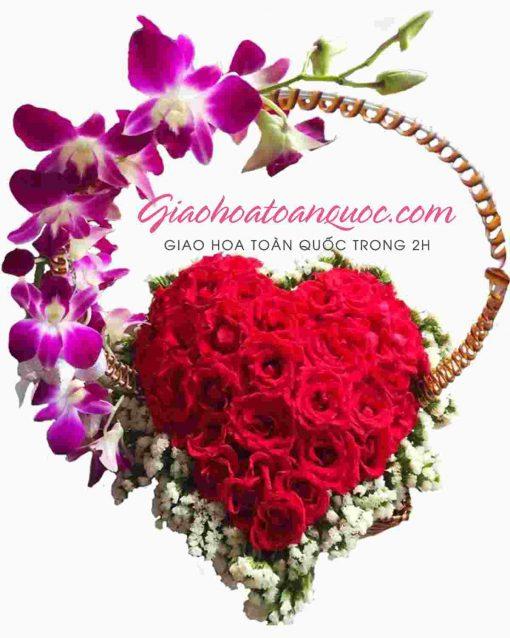 Giỏ hoa hồng trái tim giao hoa toàn quốc D03