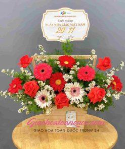 Giỏ hoa đồng tiền giao hoa toàn quốc D06